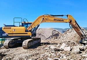 mezzi_mannari_escavazioni_inerti_venturina_galleria2